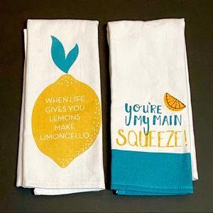 NWOT Pair of Lemon Themed Kitchen Tea Towels Dish